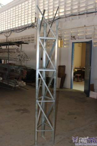 Torre Estaiada Galvanizada Sem Pintura
