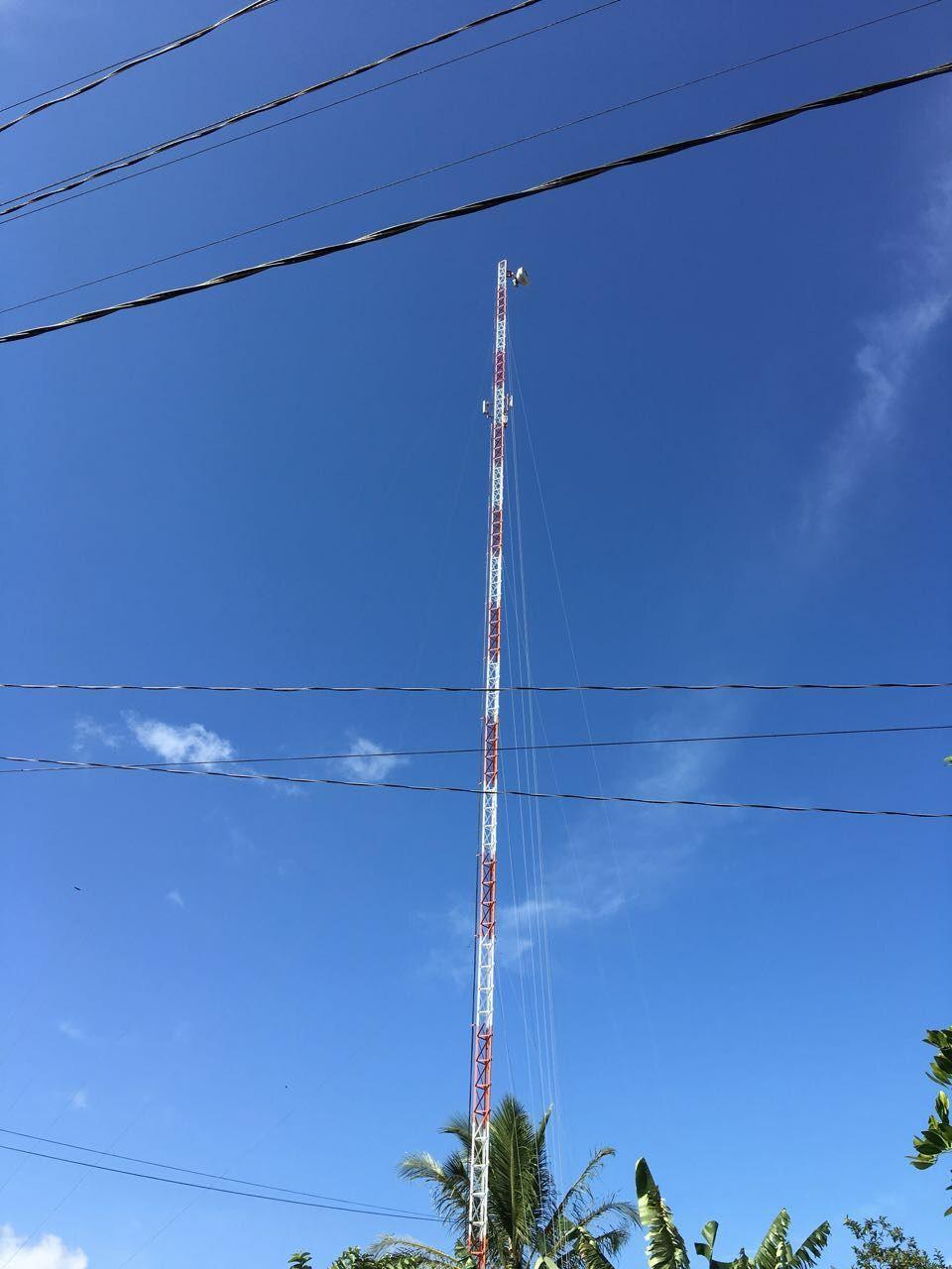 Torre Estaiada Galvanizada - Pintada