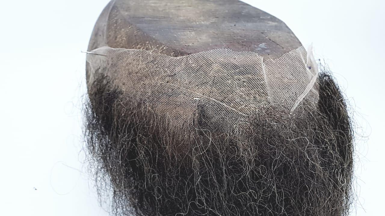 Barba falsa castanho médio c/ Verniz para colar