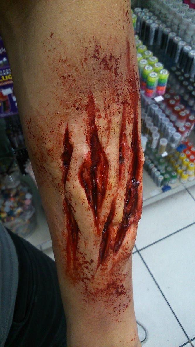 Kit slug Massa Profissional 200 gr + sangue artificial 120 ml