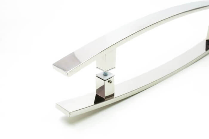 Puxador para Porta Tubular Curvo Inox - Lugui - Polido  - Puxadores para Portas