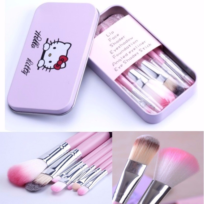 da48c5a17d763 Kit 7 Pincéis Maquiagem Profissional Hello Kitty Estojo Lata - MP MIX