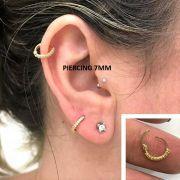 Piercing Uma Peça Argola com 9 Pedras e Trava 7mm - Ouro 18k