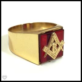Anel Quadrado em Ouro 18k Teor 750 Amarelo Maçon com Pedra