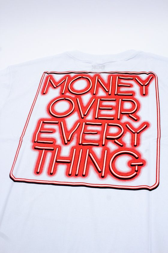 "CAMISETA DGK ""EVERYTHING"" BRANCA"