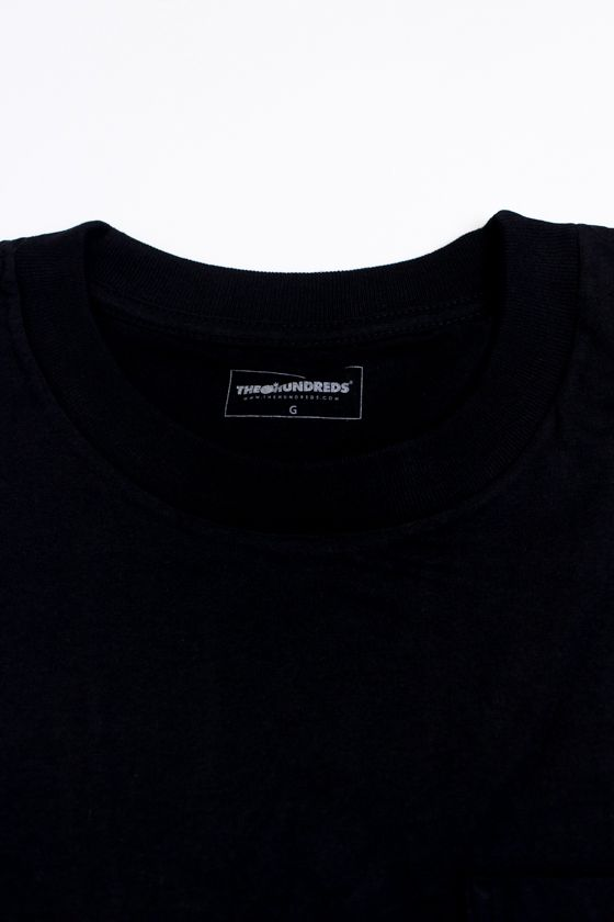 "CAMISETA THE HUNDREDS ""URBAN SAFARI POCKET"" PRETA"