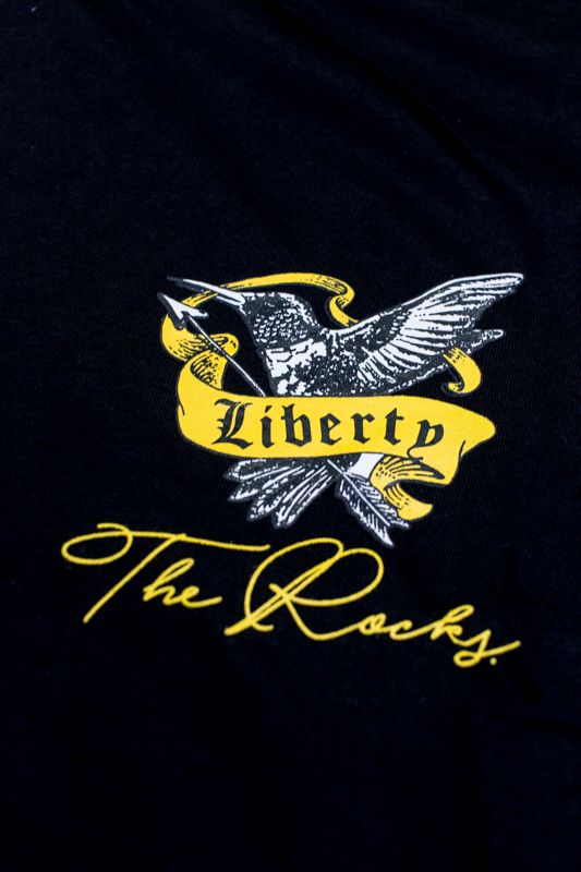 "CAMISETA THE ROCKS ""LIBERTY"" PRETA"