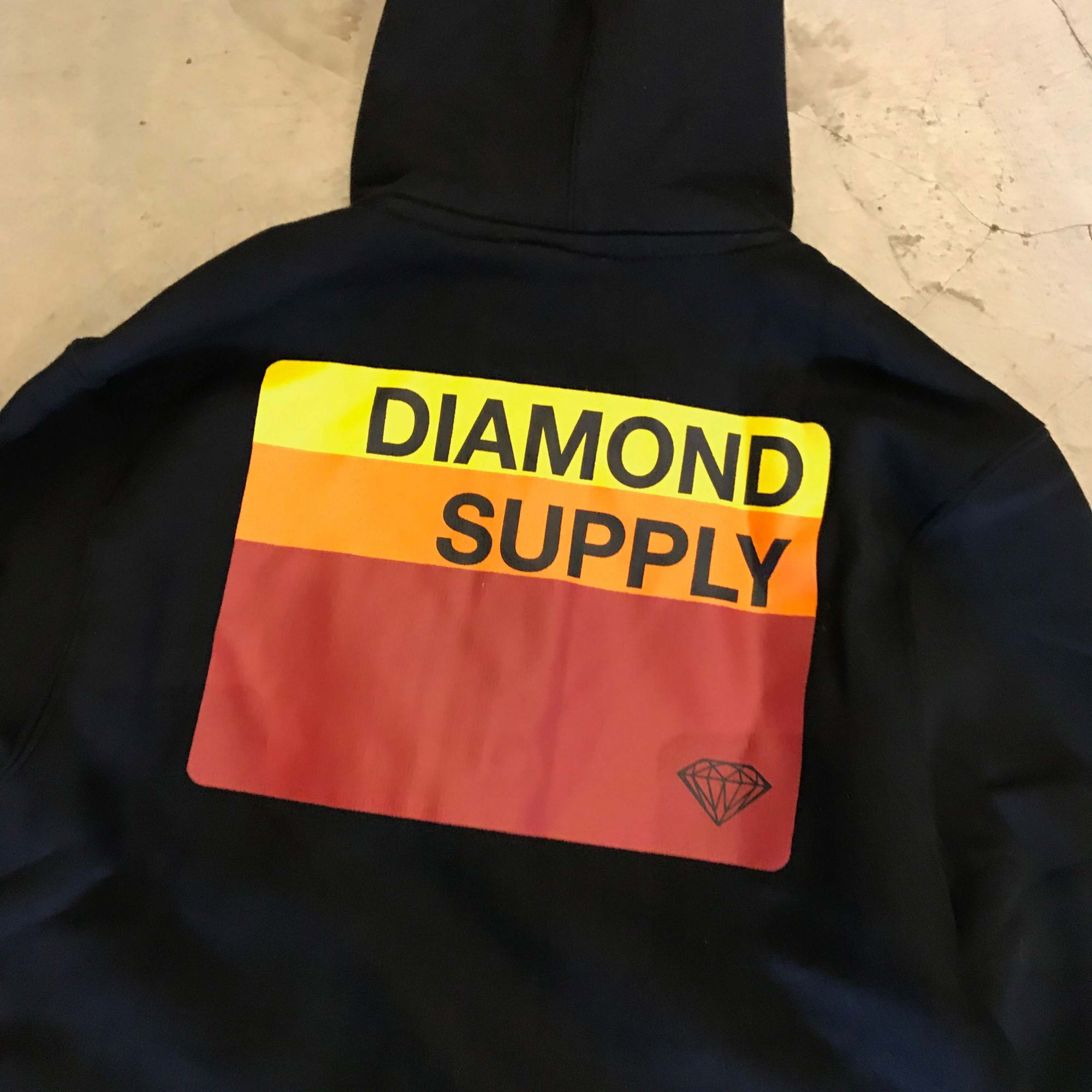 """Moletom Diamond """"Fader ZIP"""" Preto"""