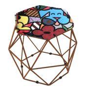 Puff Aramado Bronze Assento Hexagonal Suede Romero Brito - DS Móveis