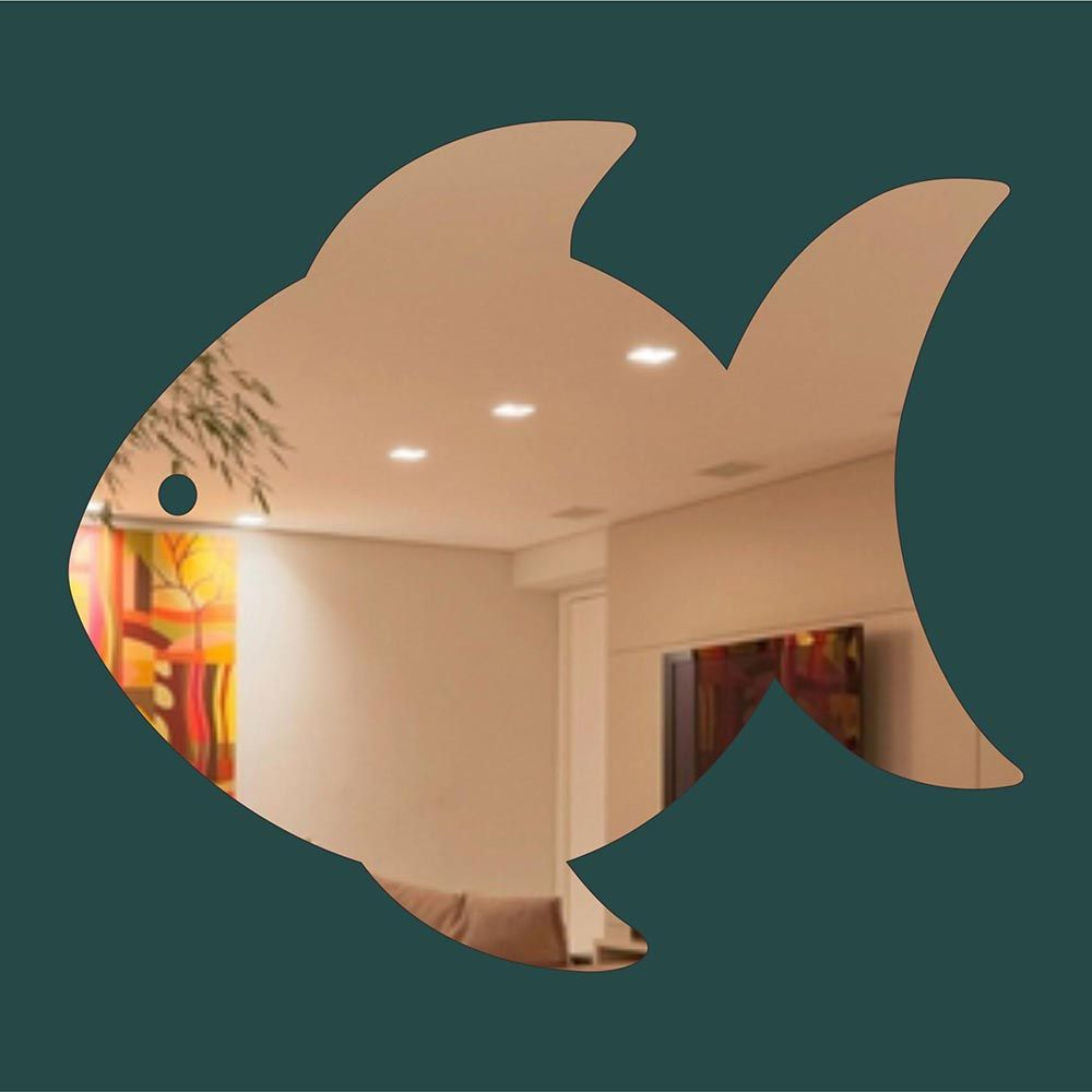 Peixe -  Produzido em acrílico espelhado.