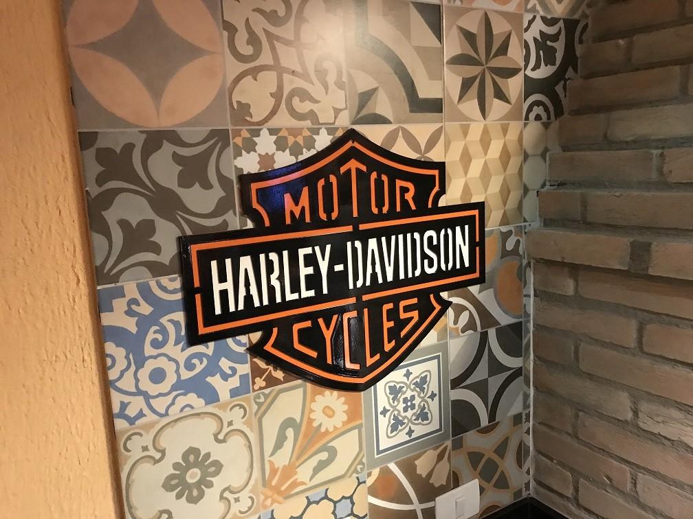 Placa Decorativa Harley-davidson Largura De 58 Cm Em Aço  - HDC Brasil