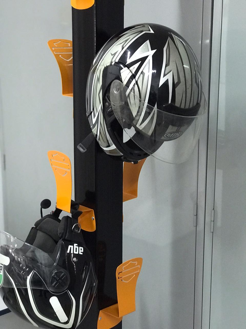 Suporte de Parede para Capacete e Casacos Harley-Davidson LARANJA  - HDC Brasil