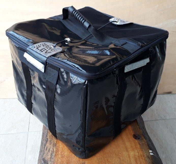 Térmica extra grande alta 30 cm - 52 litros    - Para Baú de Motos 92 litros