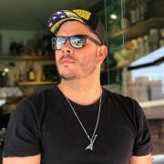Boné Enquanto isso em Goiás - Preto 2018