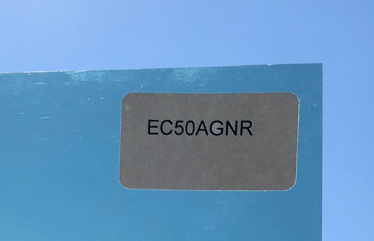 PELÍCULA TINTADA DE CONTROLE SOLAR (VERDE NATURAL)  50 - EC50AGNR - 1,52X 10 m