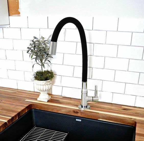 Torneira 1/4 V Cozinha Mesa Black Emborrachada Flexível 1167