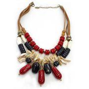 Colar feminino curto, camurça, pedras vermelhas e cascalho -2090