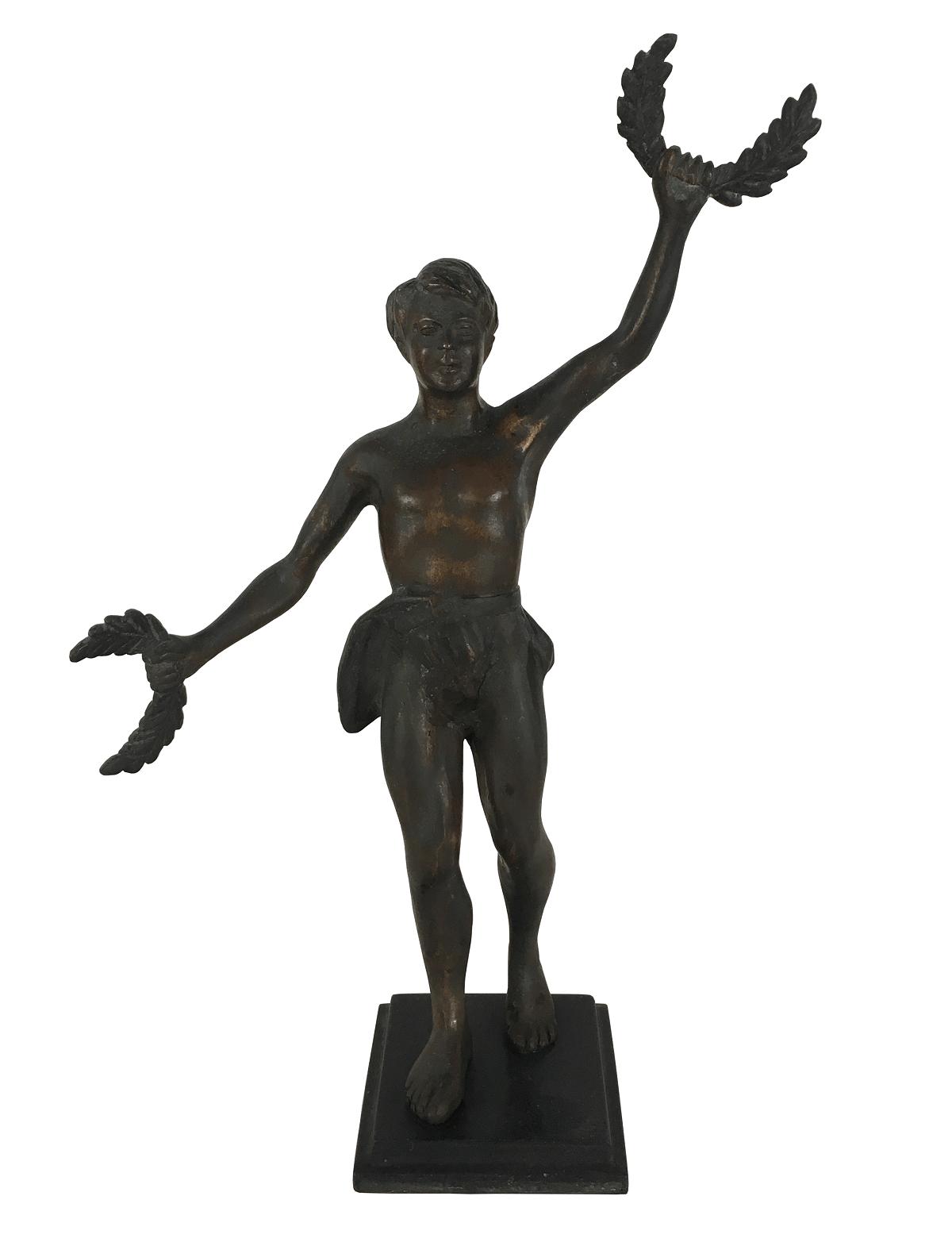 Antiga Escultura Bronze Guerreiro Mitologia Segurando Coroa De Louros