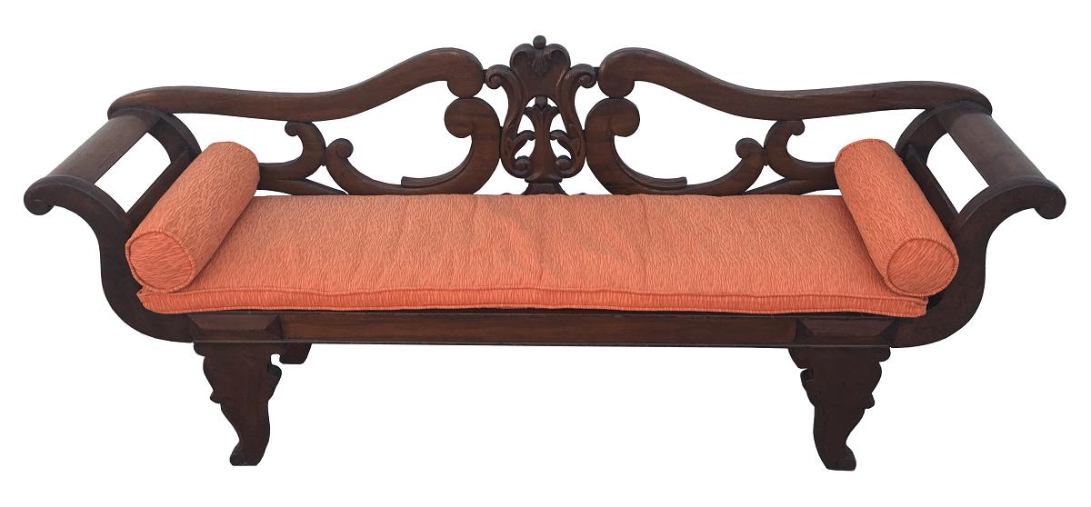 Antigo Sofa Canape Entalhado Em Madeira De Lei E Palhinha