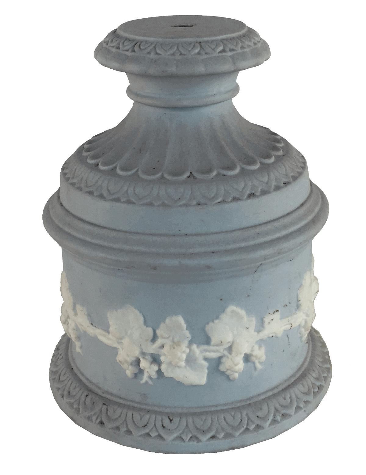 Base Para Escultura Antiga Em Porcelana Saler
