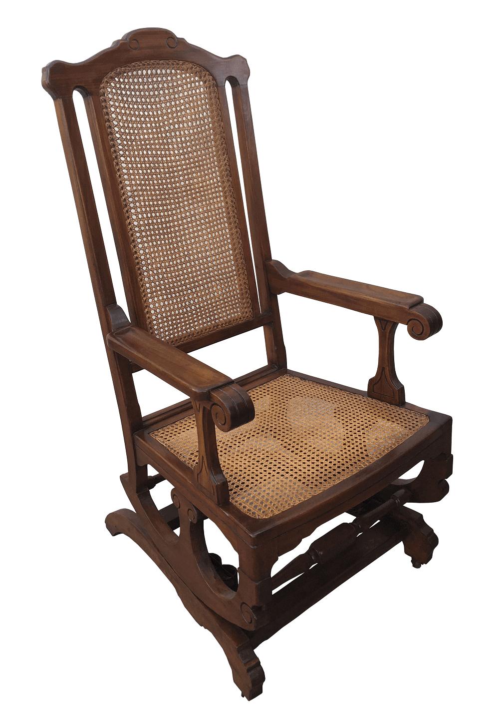 Cadeira De Balanço Antiga Em Madeira Nobre E Palhinha