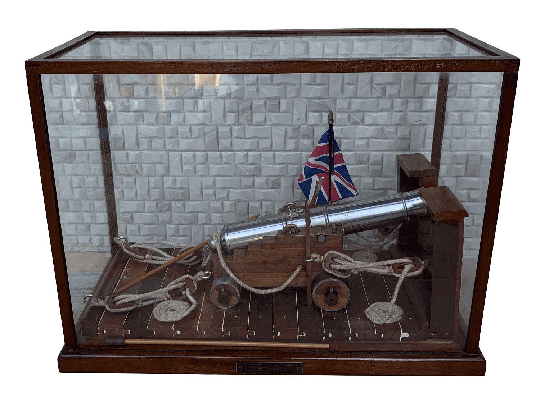 Magnifico Canhao Antigo Em Aço E Bronze 22kg