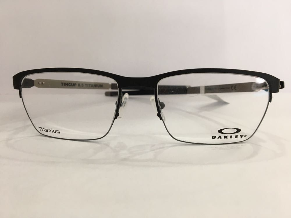 b22d129c0b738 Página inicial Óculos de Grau Masculino Quadrado. FOTOS. Oakley OX5099 0153  53 18 Titanium - Ótica Marisa ...