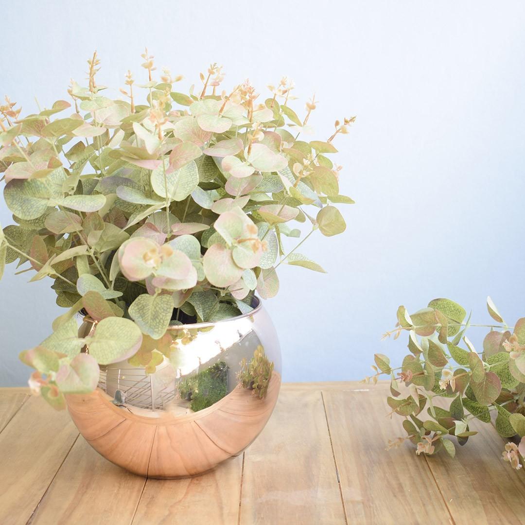 Arranjo Folhas Artificiais de Eucalipto no Vaso Rose Gold Grande