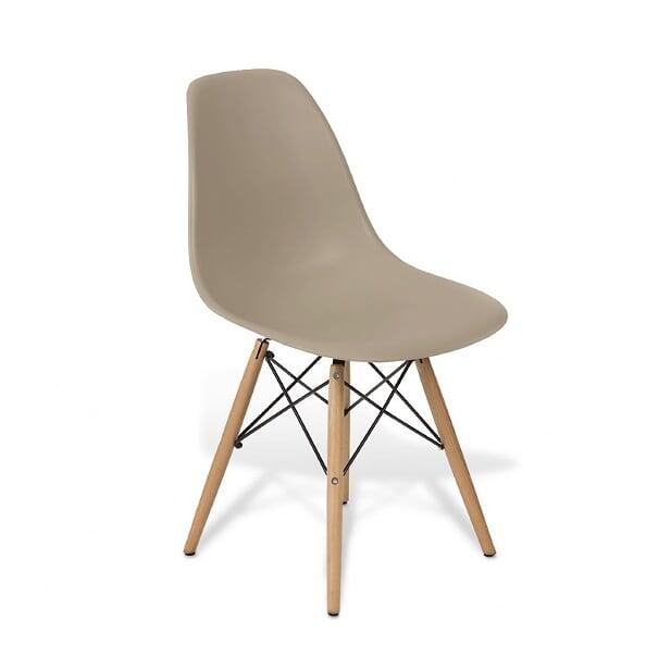 Cadeira Eames Fendi