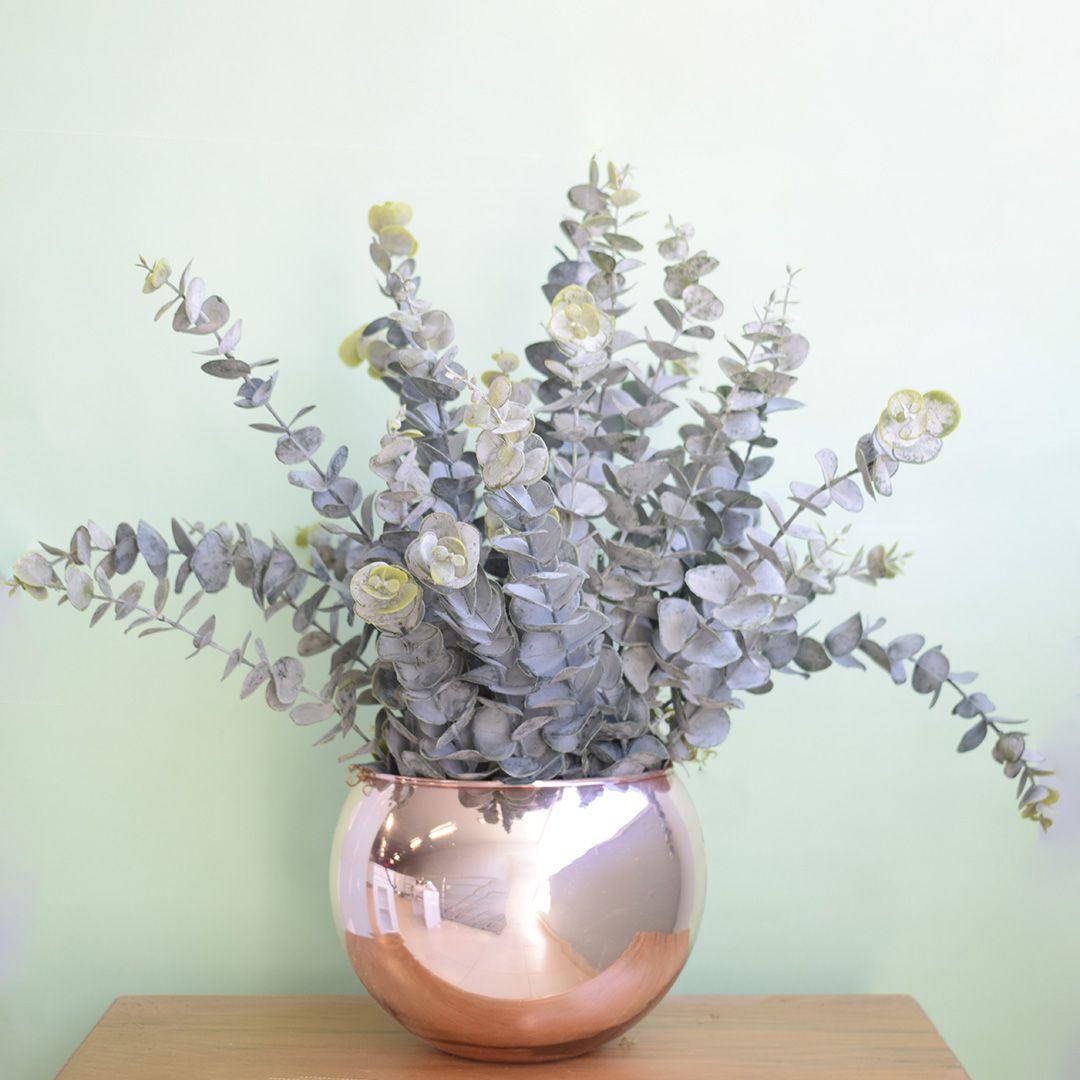 Arranjo Artificial de Eucaliptos no Vaso Rose Gold Formosinha