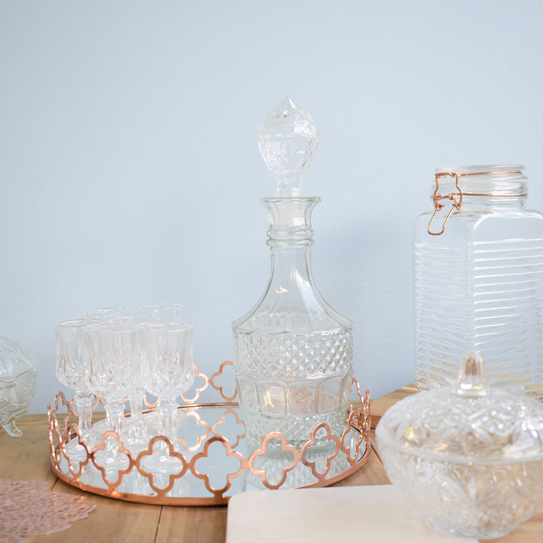 Garrafa de Licor Diamante de Vidro | Mesa Posta Formosinha