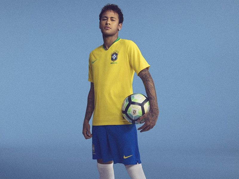 ... Camisa Nike Brasil I CBF 2018 19 Torcedor Masculina Amarela - Só  Torcedor - Apaixonados ... 129f88ec85f06