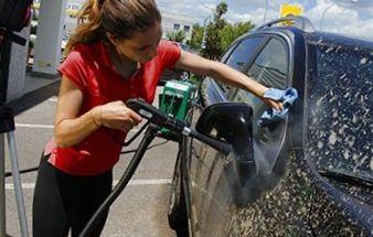 Lava jato a vapor de 178ºC para veículos,motos e aeronaves Profissional - Kolumbo - Lavor