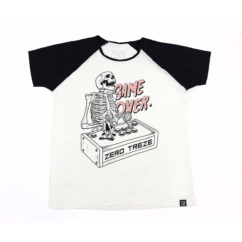 CAMISETA - GAME OVER - BRANCA