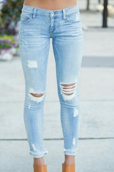 Calça Jeans Rasgada - Feminina