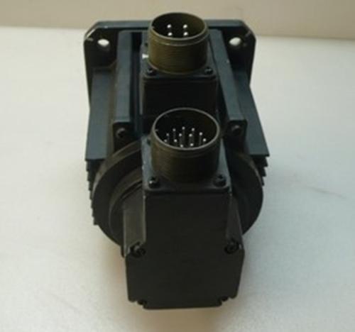 1Pc Yaskawa Sgmg-09A2Abc Servo Motor In Good Condition