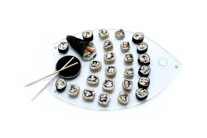 Tábua Sushi Peixe em Vidro Incolor 6mm Temperado com 40cm x 30cm e Pés em Aluminio Acompanha Nozoku Maru