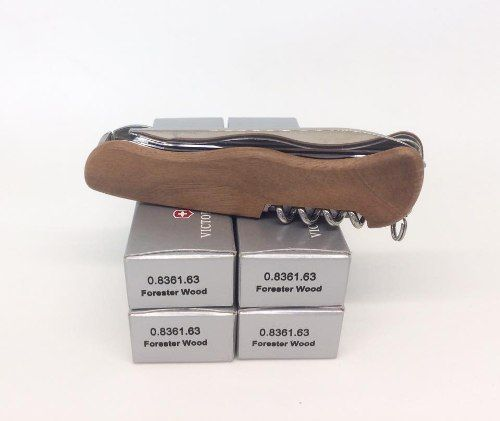 Canivete Victorinox Forester Wood 111mm Madeira Nogueira 0.8361.63
