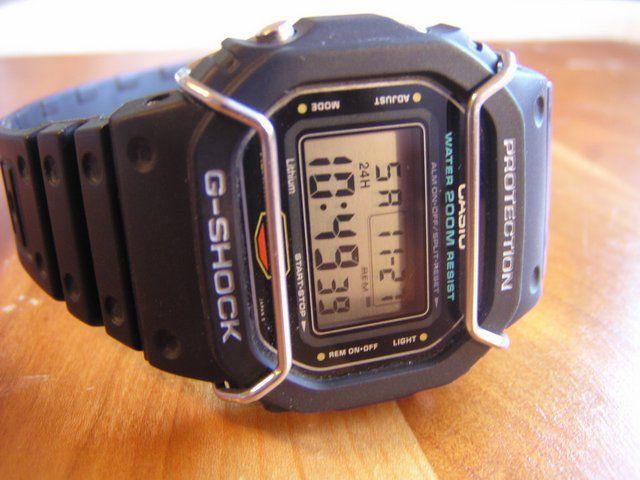 Protetor Metálico Bullbar JaysAndKays p/ Relógio G-Shock DW5600 DW5610