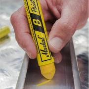 Caneta Marcadora em barra Amarelo - Markal B Paintstik