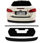 Kit Protetor Traseiro Focus Sedan 18 Adesivo Placa + Friso