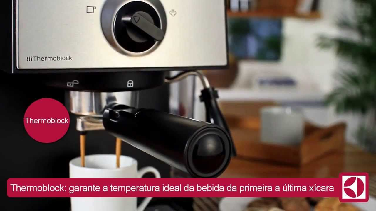 Cafeteira Expresso Chef Crema EMC10 - Electrolux  - HL SERVICE