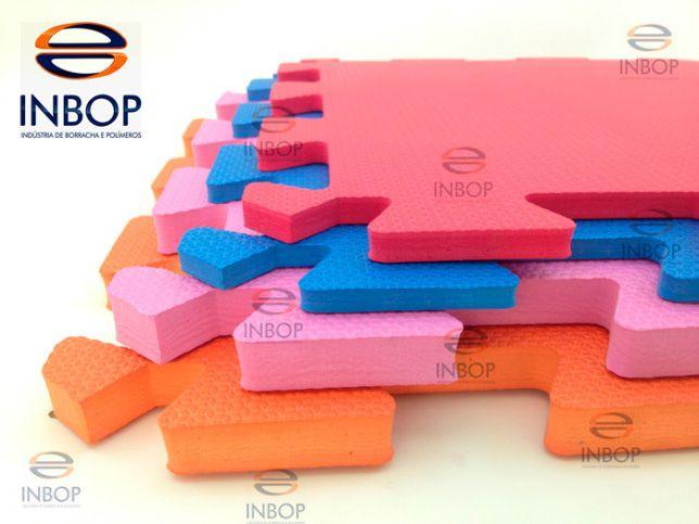 Fardo 08 Placas de Tatame 50cm x 50cm com Encaixe - Espessura de 10mm  - INBOP - Indústria de Borrachas e Polímeros