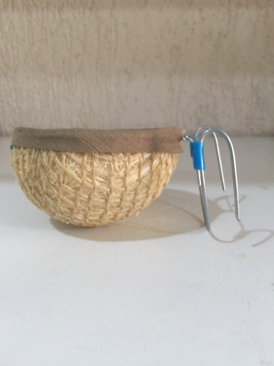 Ninho para Criação de Curio / Tarin