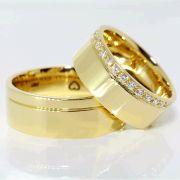 Alianças Noivado Casamento Ouro Quadrada 7mm - A118