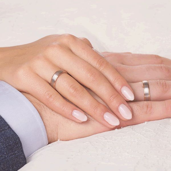 Alianças Casamento Ouro Branco e Amarelo Acabamento Fosco e Liso 5,5mm - A172