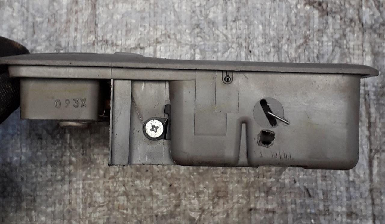 11eb306ce ... Lanterna Luz Teto e Porta Oculos Mitsubishi Dakar/Lancer 8401a041 ...
