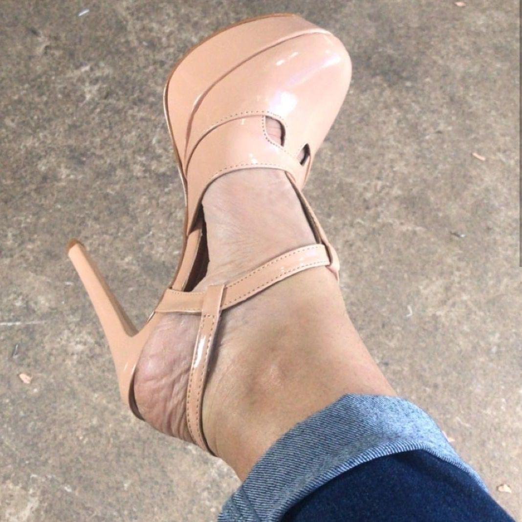 1b5cbe940 Sandália Gucci Meia Pata 12 cm Verniz Várias Cores