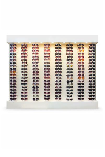 Me032 - Expositor De Parede Para 152 Óculos