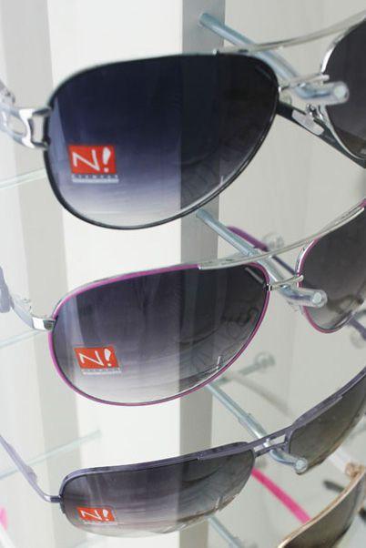 Me132 - Expositor De Chão Para 18 Óculos